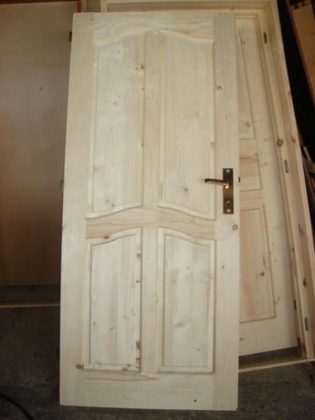 таблена врата с кобилици  без лак