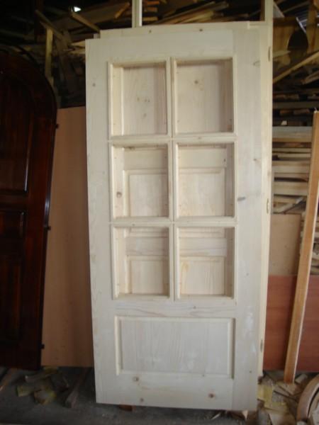 масивна врата с шест стъкала без лак