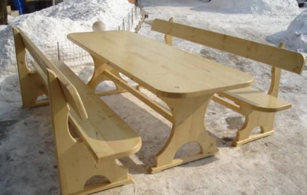 Баварски маси  и пейки