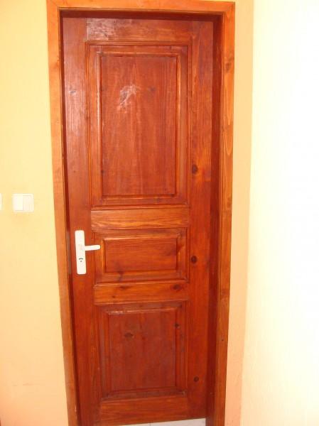 Таблена врата от масив с три табли