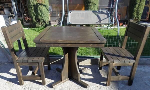 Столове и маса за хранене