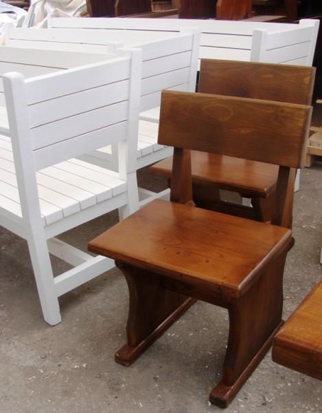 Баварски дървени столове