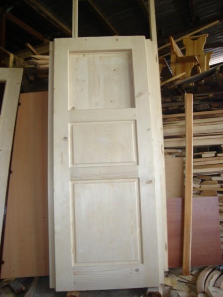 таблена врата от масив