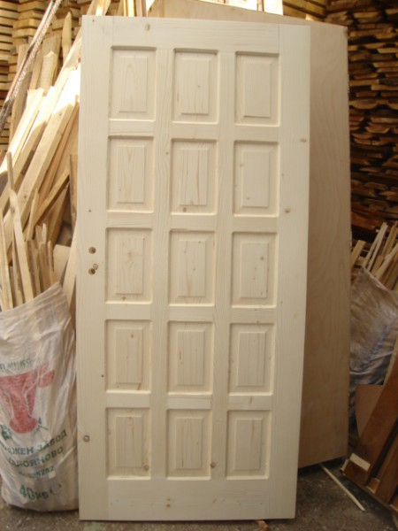 таблена врата с петнадесет табли