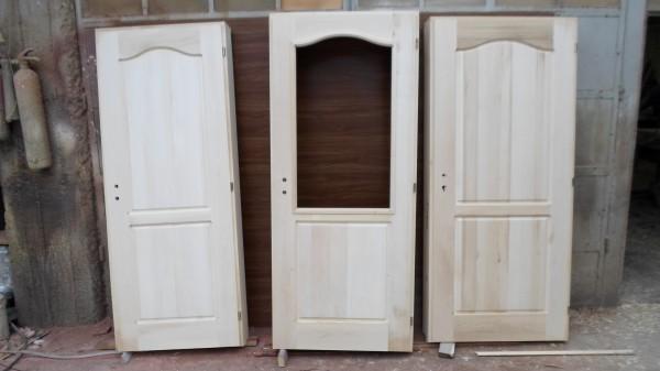 масивни врати без лак